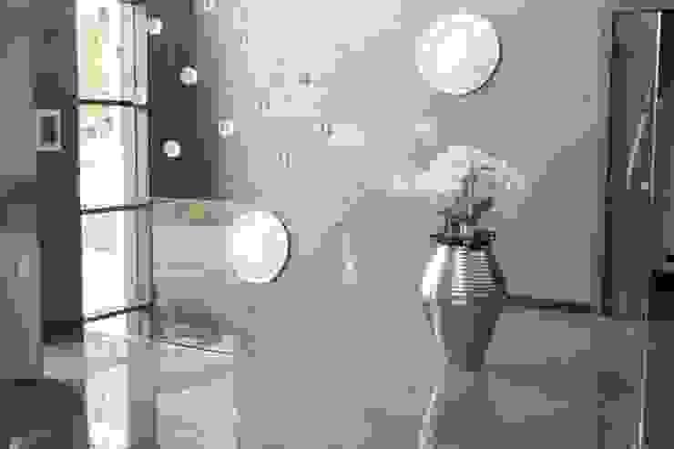 Garde-corps en verre extra blanc ARREDAMENTI Couloir, entrée, escaliers modernes Verre Transparent