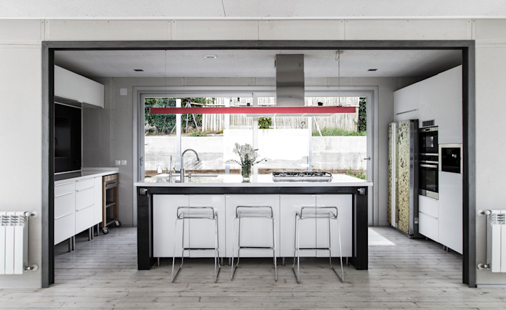 Industrial style kitchen by james&mau Industrial