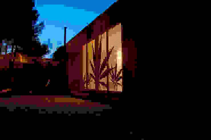 MENTA HOUSE james&mau Casas de estilo industrial