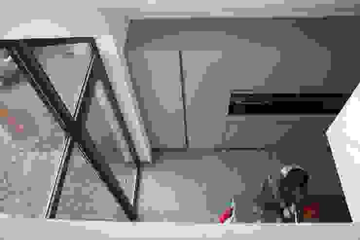 Villa in Vleuten Moderne keukens van Architectenbureau Jules Zwijsen Modern