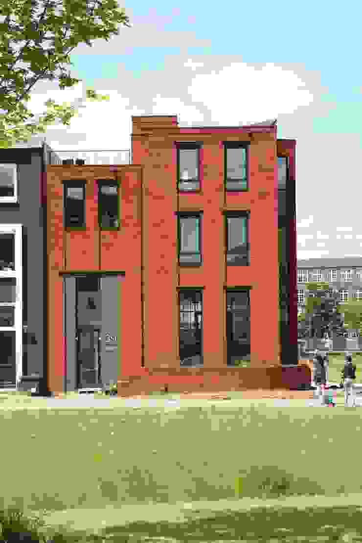 Hoekwoning Boddenkamp Enschede Moderne huizen van Architectenbureau Jules Zwijsen Modern