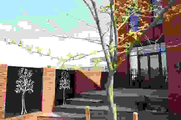 Hoekwoning Boddenkamp Enschede Moderne balkons, veranda's en terrassen van Architectenbureau Jules Zwijsen Modern