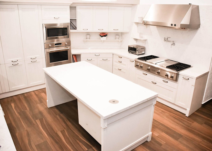 Classic style kitchen by homify Classic Wood Wood effect