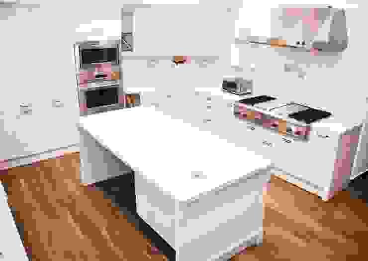 Kitchen by ARTE CUCINE/ PEDINI SAN ANGEL