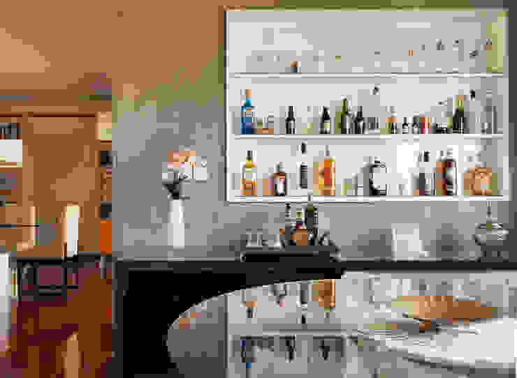 ห้องเก็บไวน์ โดย Ladrilho Urbanismo e Arquitetura,