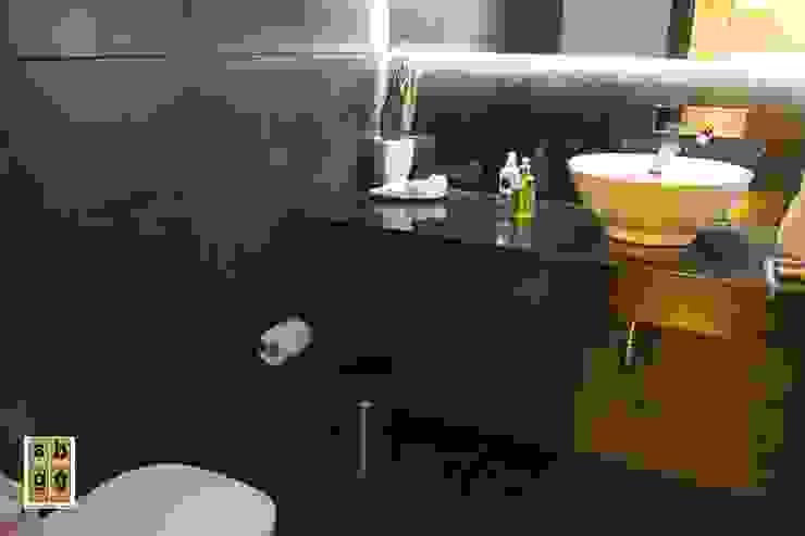 medio baño Baños de estilo minimalista de homify Minimalista