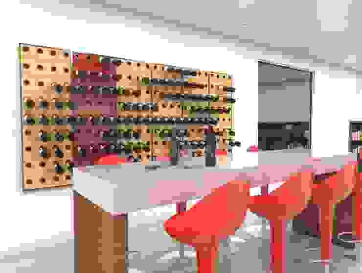 Garrafeiros - Adegas para Vinho Bodegas Compuestos de madera y plástico Negro