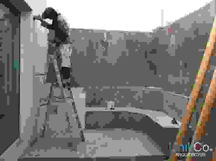 Remodelación de Patio - Casa Metropolitano Jardines modernos de homify Moderno Azulejos