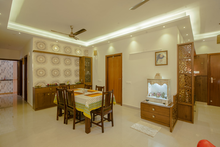 3 BHK partement Classic style corridor, hallway and stairs by In Built Concepts is now FABDIZ Classic Plywood