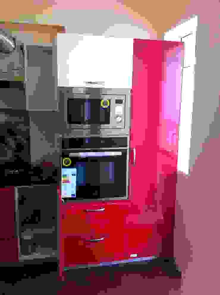Modular Kitchen Design Modern kitchen by WoodStock Interior Modern Plywood