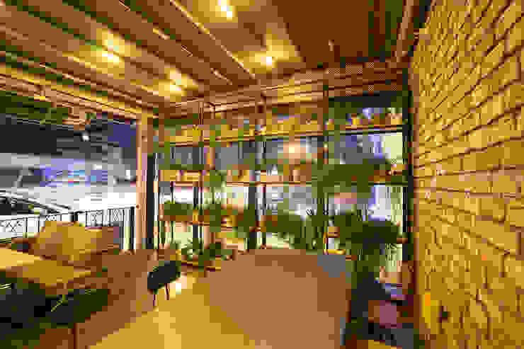 Cadde Üstü Restaurant - Tuğla Duvar Doğaltaş Atölyesi Rustik Tuğla