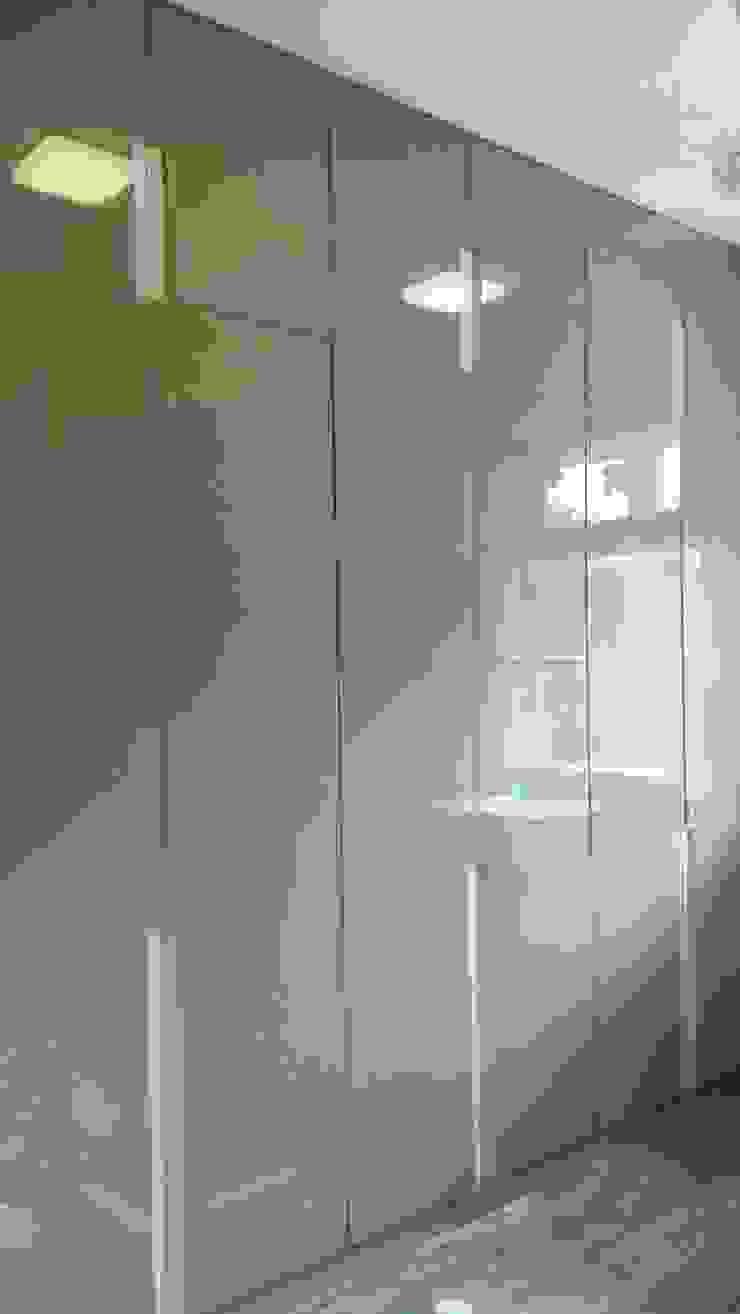 Wardrobe design: modern  by WoodStock Interior,Modern Plywood