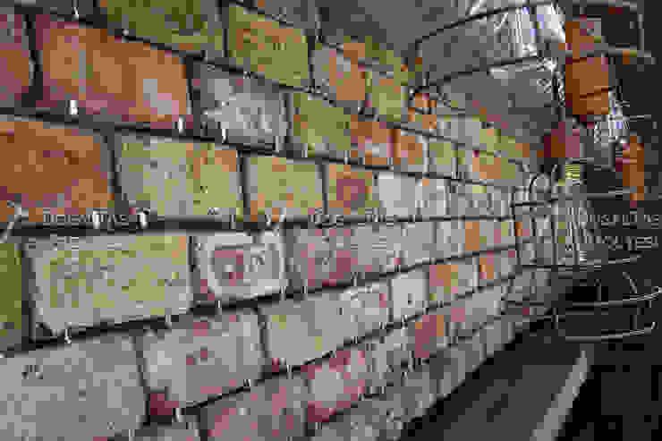 Doğaltaş Atölyesi Paredes y suelos de estilo rústico Ladrillos Marrón