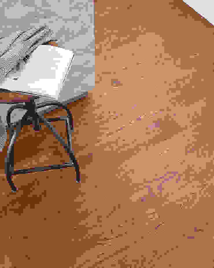 Barafundle Cognac Oak Modern Walls and Floors by Woodpecker Flooring Modern Solid Wood Multicolored