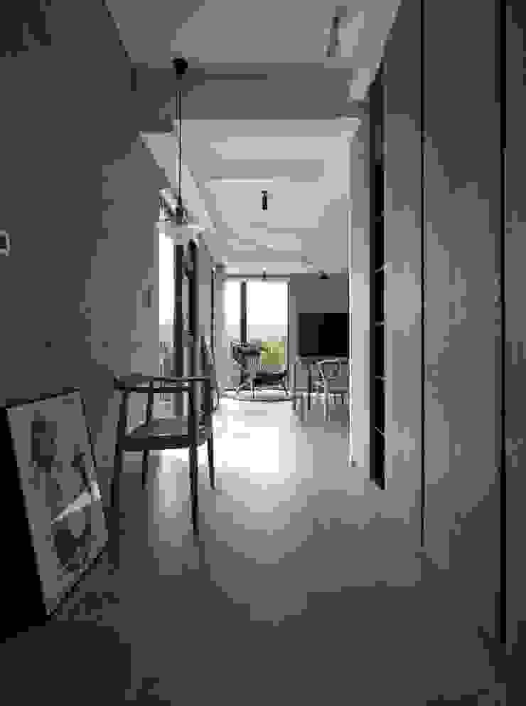 2號‧源 圭侯 洪文諒空間設計 現代風玄關、走廊與階梯