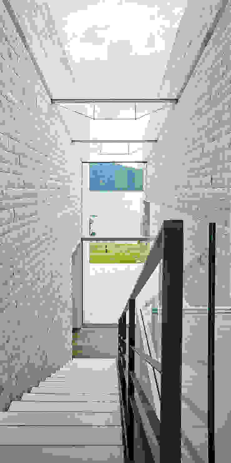 Backraum Architektur Koridor & Tangga Minimalis Batu Beige