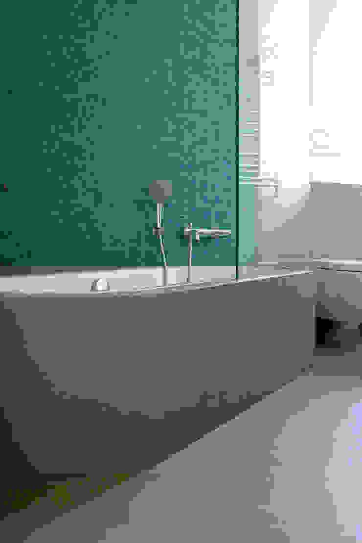 Atelier delle Verdure Scandinavian style bathroom
