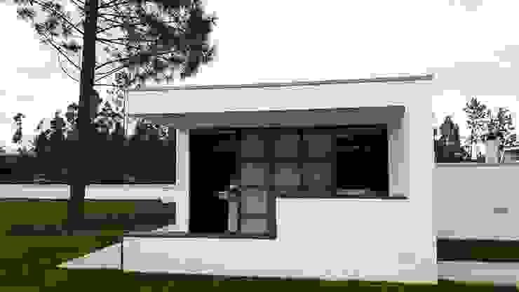 Casas modernas de Emprofeira - empresa de projectos da Feira, Lda. Moderno Ladrillos