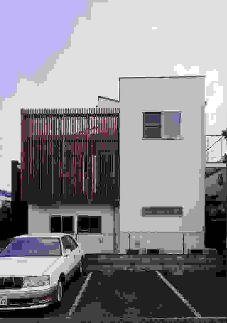 Nhà phong cách Bắc Âu bởi 豊田空間デザイン室 一級建築士事務所 Bắc Âu
