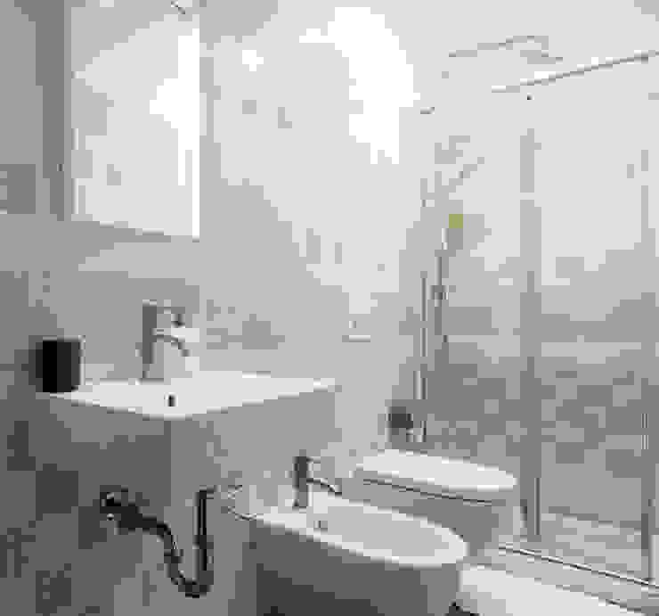 Salle de bain moderne par studio ferlazzo natoli Moderne