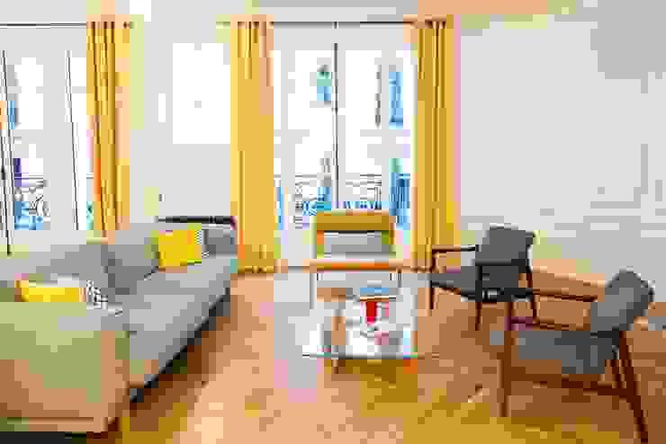 ATELIER FB 现代客厅設計點子、靈感 & 圖片