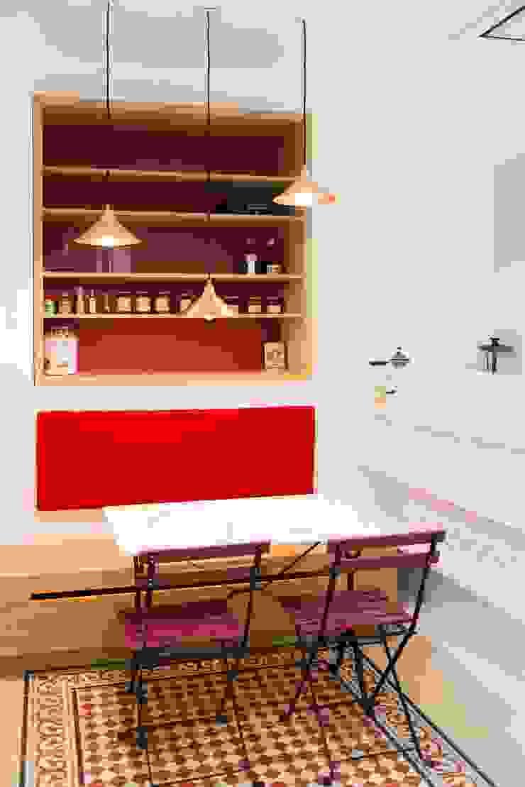 Modern Kitchen by ATELIER FB Modern