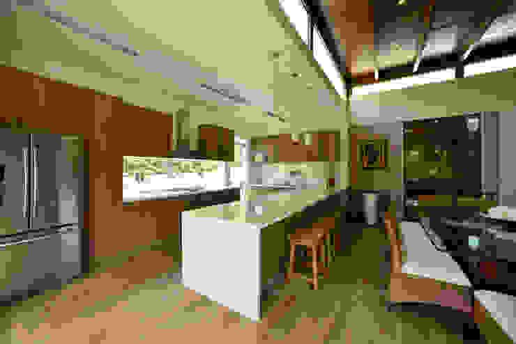 Casas modernas por DMS Arquitectas Moderno