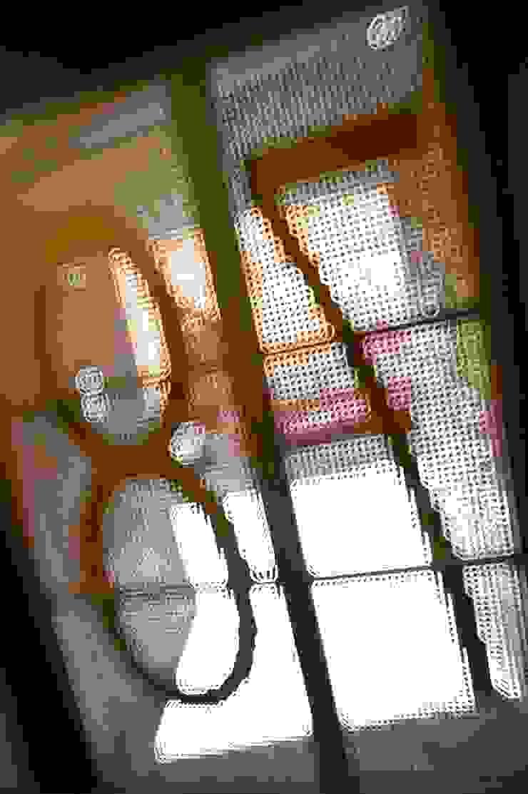 SAN VICENTE FERRER 78 Casas de estilo industrial de james&mau Industrial