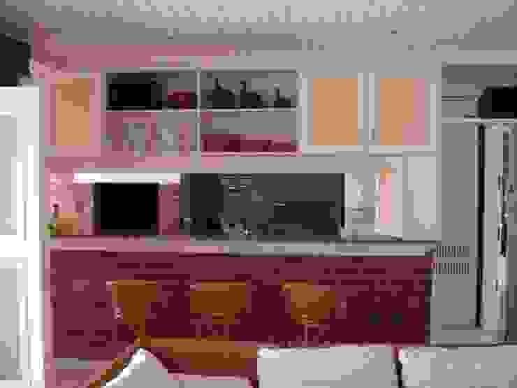 Cocinas de estilo  por Recyklare Projetos de Arquitetura , Restauro & Conservação