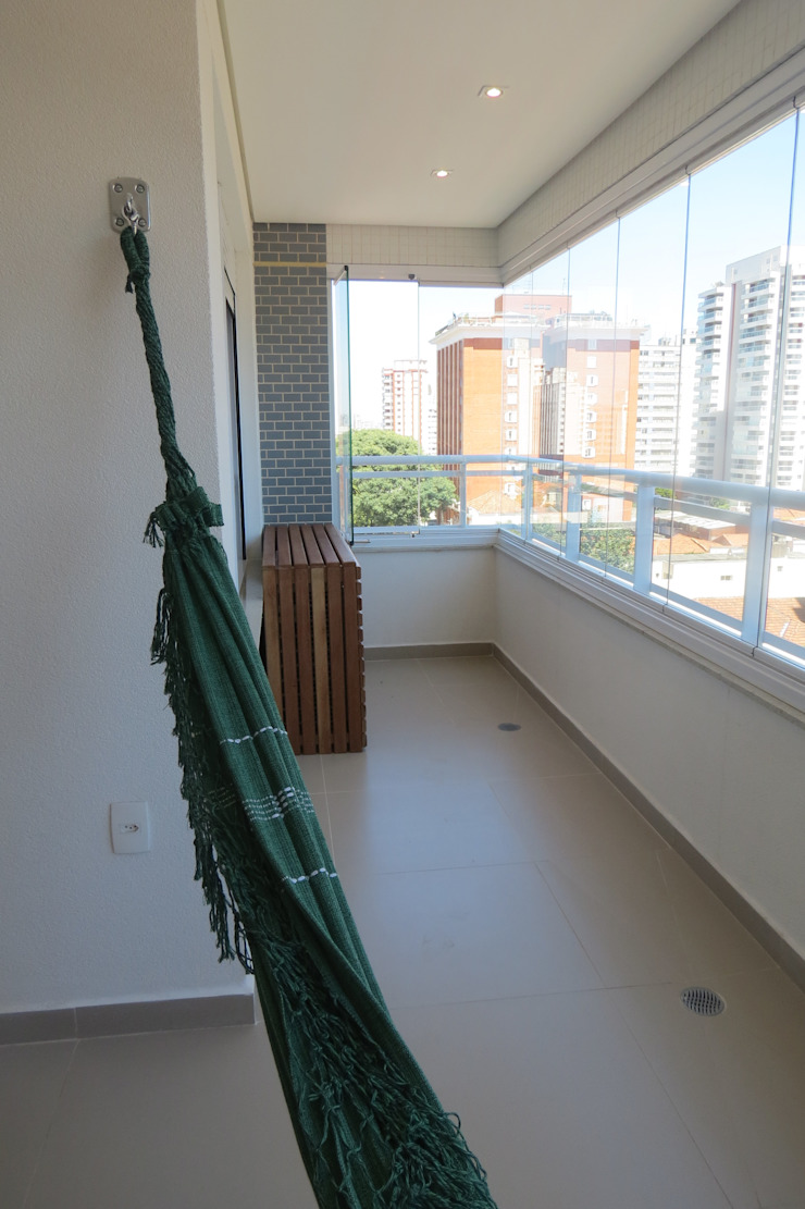In.home Balcones y terrazas de estilo moderno