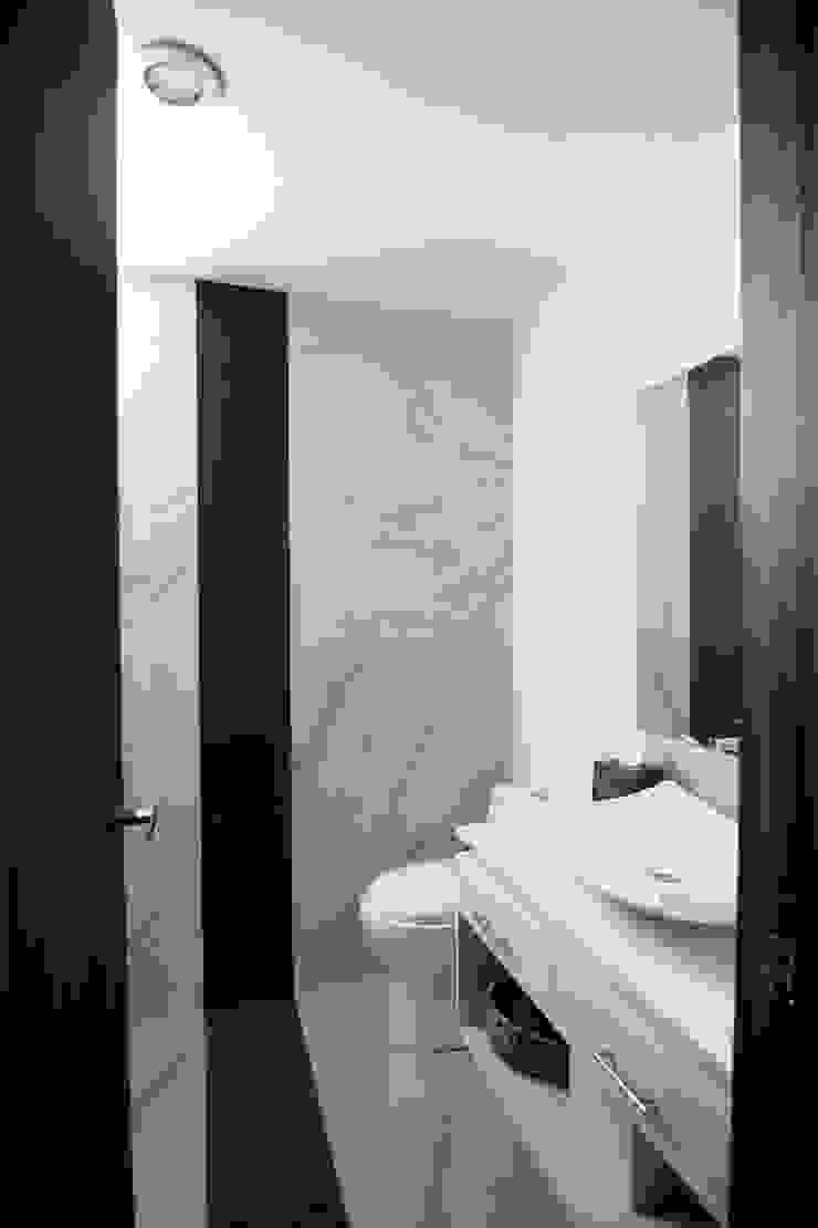 Departamentos Parview Baños modernos de REC Arquitectura Moderno