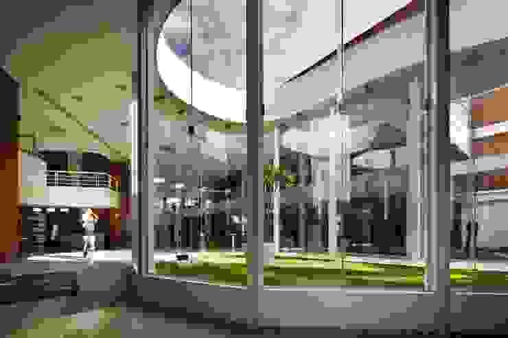 Biblioteca Central REC Arquitectura Comedores modernos