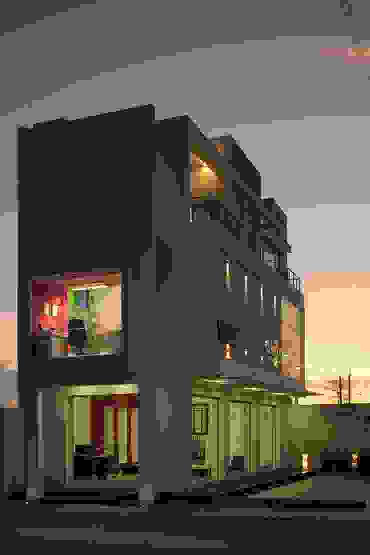 fachada lateral Casas minimalistas de arketipo-taller de arquitectura Minimalista