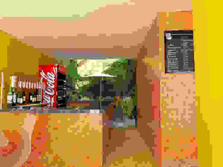 Barra bar Gastronomía de estilo industrial de Arqternativa Industrial Azulejos