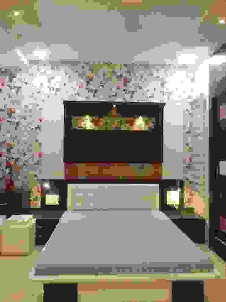 DOCTORS RESIDENCE Minimalist bedroom by YOJNA ARCHITECTS Minimalist