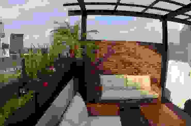 Regenera Mx - Fábrica Ecológica Balcones y terrazas de estilo industrial