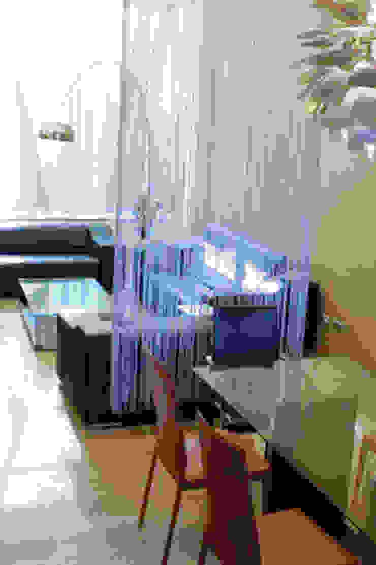 高雄 VILLA 现代客厅設計點子、靈感 & 圖片 根據 大也設計工程有限公司 Dal DesignGroup 現代風