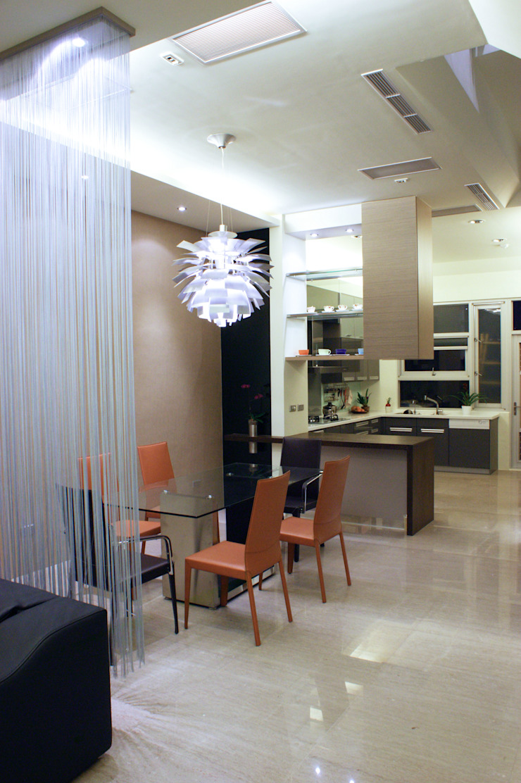 高雄 VILLA 現代廚房設計點子、靈感&圖片 根據 大也設計工程有限公司 Dal DesignGroup 現代風