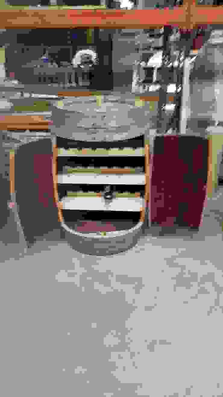 Cooperativa de la madera 'Ntra Sra de Gracia' Wine cellar Solid Wood Wood effect