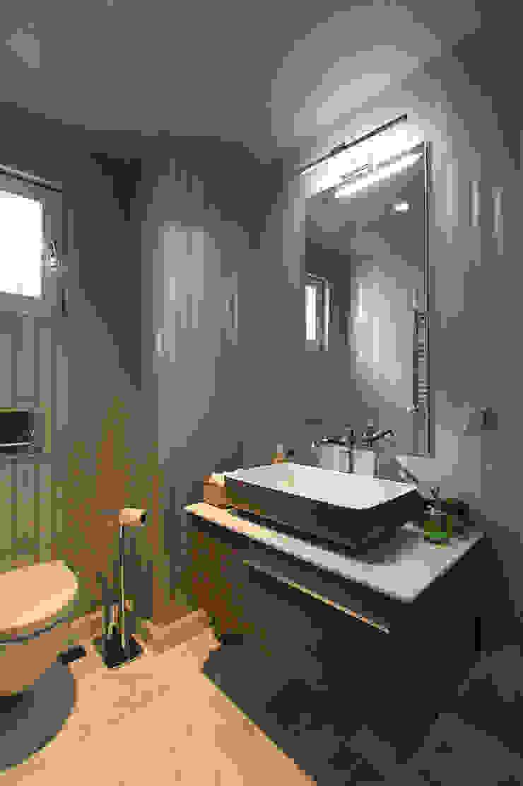 Kış bahçeli ev Modern Banyo Orkun İndere Interiors Modern Ahşap-Plastik Kompozit
