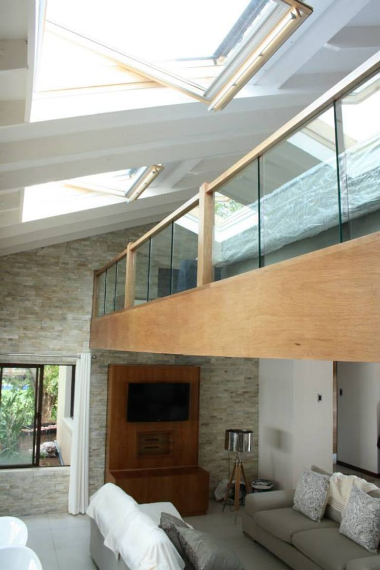 Modern style bedroom by Loftspace Modern