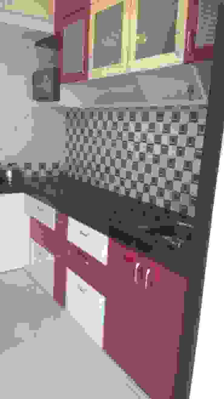 SHARADA INTERIORS 現代廚房設計點子、靈感&圖片