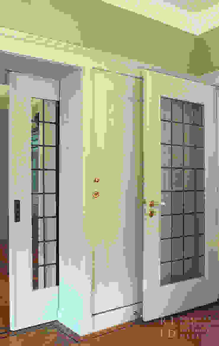 Herenhuis jaren '20 Oegstgeest Klassieke ramen & deuren van Robbert Lagerweij Interior Design Klassiek Glas