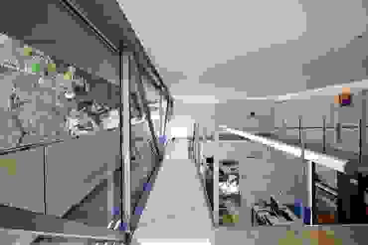 My Architect Studio by Tono Vila Architecture & Design Modern
