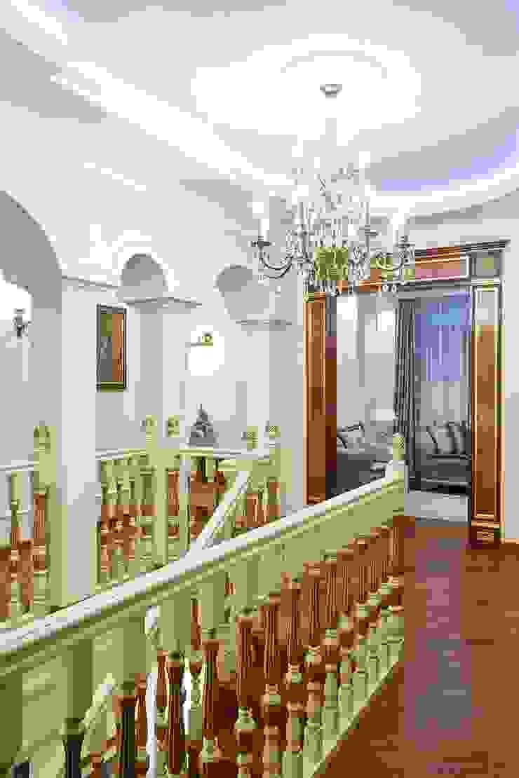 Вира-АртСтрой Classic style corridor, hallway and stairs