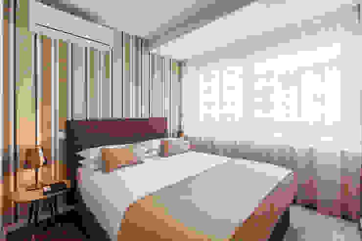 ALOJAMENTO LOCAL Hotéis modernos por Jorge Cassio Dantas Lda Moderno