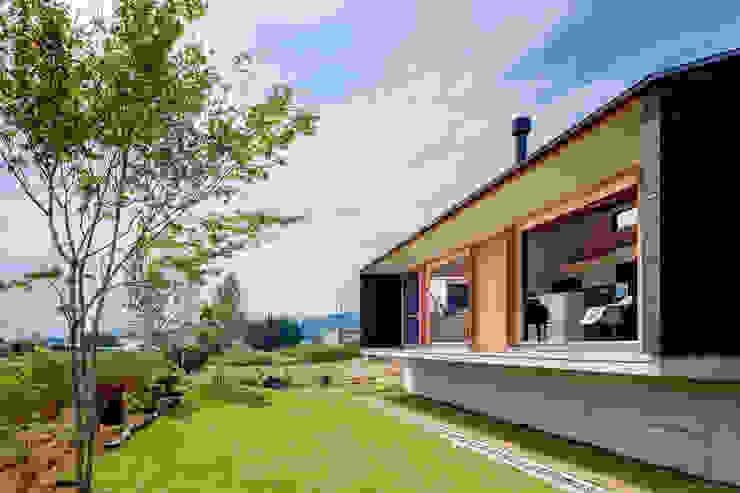 株式会社リオタデザイン Modern houses