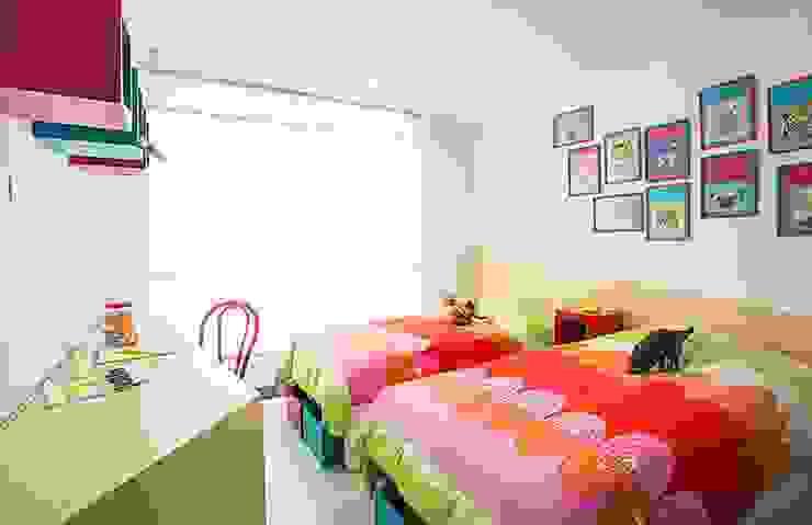 Habitación infantil Habitaciones para niños de estilo moderno de Maria Mentira Studio Moderno Madera Acabado en madera