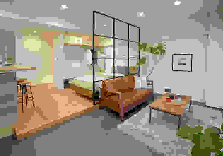 Wohnzimmer von nano Architects, Ausgefallen Holz Holznachbildung