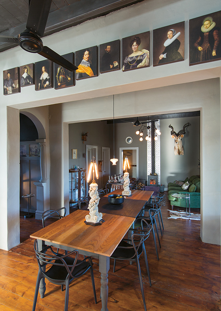 The Black House Eclectic style dining room by Etienne Hanekom Interiors Eclectic